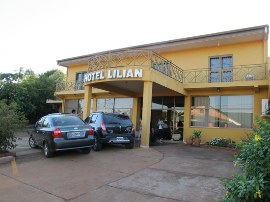 Residencial Lilian:                   Entree