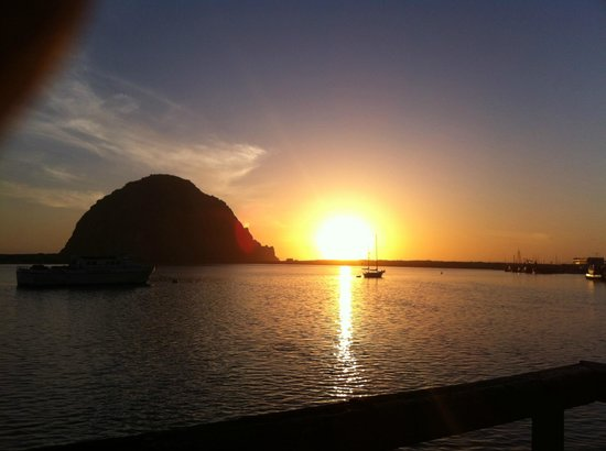 Comfort Inn Morro Bay:                   El Morro Bay at Sunset