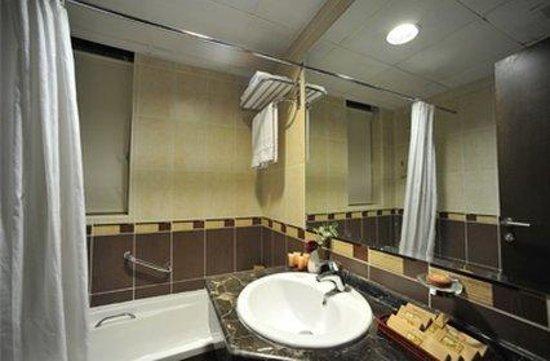 Executive Suites by Mourouj Gloria: Interior
