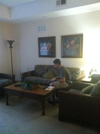 Caribe Cove Resort Orlando: living room 2
