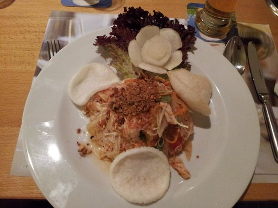 Saigon Moon:                   herrlicher glasnudel-meeresfrüchtesalat