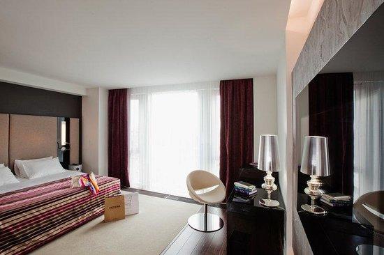 11 Mirrors Design Hotel: Desire Deluxe Room