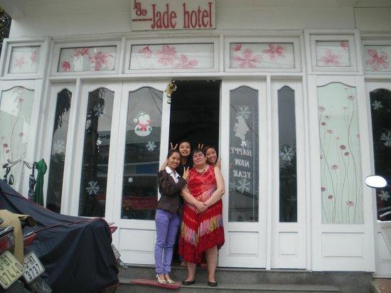 Jade Hotel:                                                       Entrée de l'hôtel