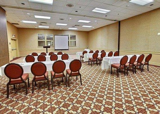 Clarion Inn Tulsa International Airport: OKConference