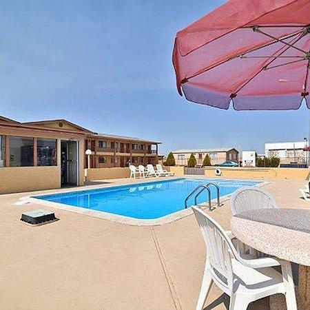 magnuson hotel adobe holbrook 65 7 5 prices. Black Bedroom Furniture Sets. Home Design Ideas