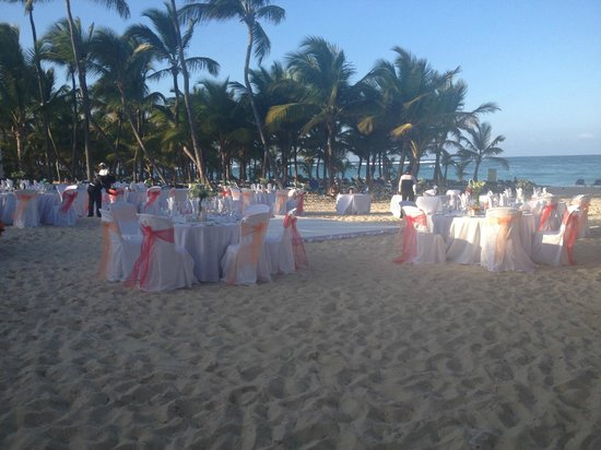 Hotel Riu Palace Punta Cana:                                     a wedding on Thursday 2/21 at the Riu Palace