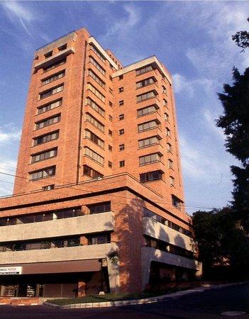 Alcazar de Oviedo Status - Suites