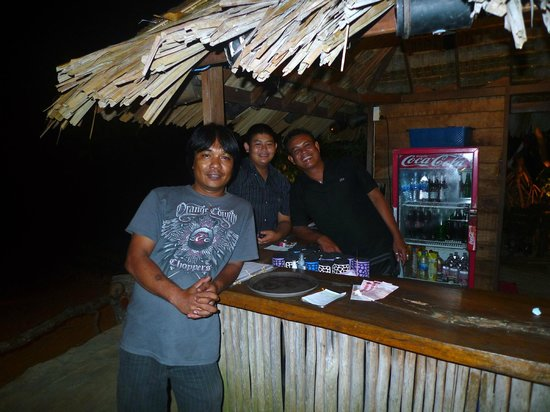 Pasai Seafood:                                     Ya and his great team in the cocktail bar (cocktails highly