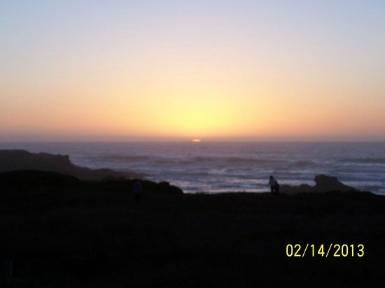 Ocean View Lodge :                                     SPECTAULAR sunset