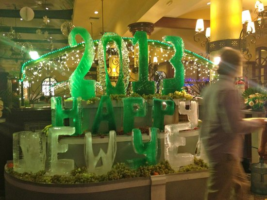 ClubHotel Riu Tequila:                   New Years Ice Carvings                 