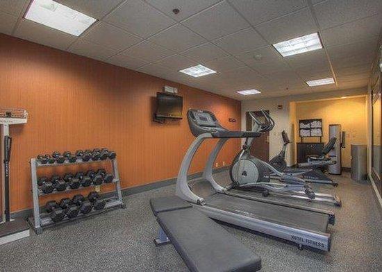 Clarion Inn: Fitness Room