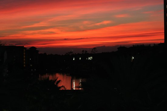 Wyndham Bonnet Creek Resort:                   Sunset at Bonnet Creek