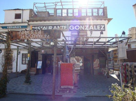 Restaurante Nuevo González: Fachada