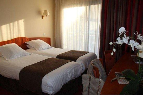 基里亞德戛納中央酒店照片