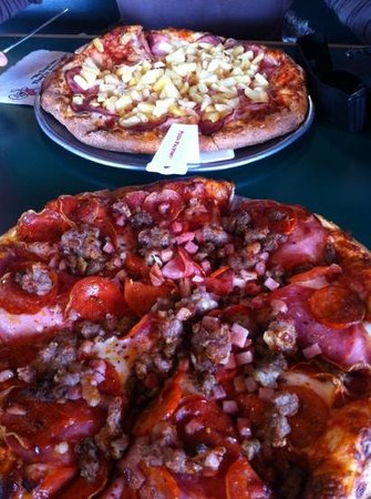Pizza Factory:                   Pizza Hawaii & Pizza Meat