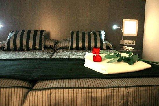 Dalia Ramblas: Guest Room