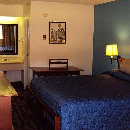 Super Inn 7 Hotel : Super Inn Hotel Dallas Room