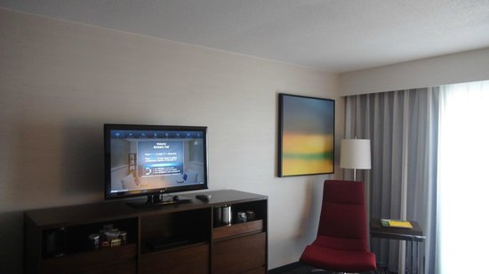Hyatt Regency Atlanta:                   Our room