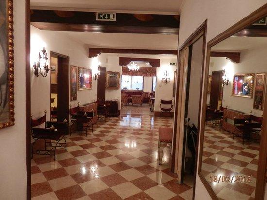 Hotel Giorgione:                   La réception