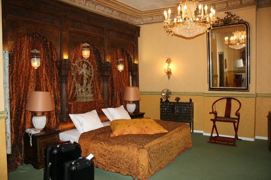 Brussels Welcome Hotel: SILK ROOM