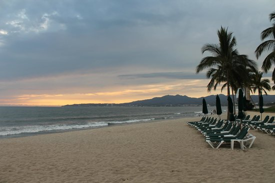 Villa La Estancia:                                     beach sunset