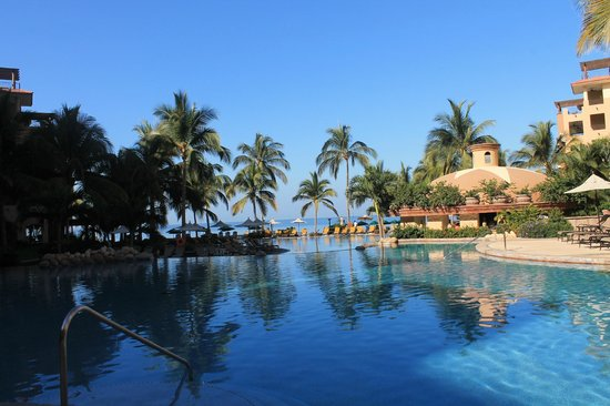 Villa La Estancia Beach Resort & Spa Riviera Nayarit:                                     Amazing pools