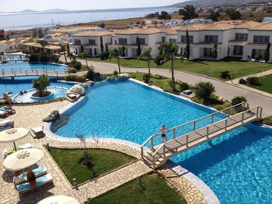 Mitsis Norida Beach Hotel:                   Blue Domes 5* de luxe
