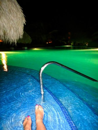 Dreams Palm Beach Punta Cana:                                     The pool at night