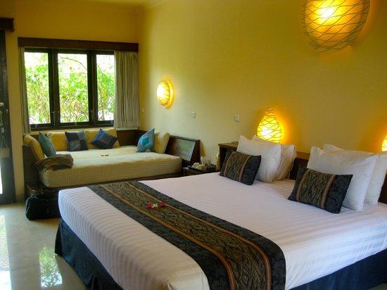 Hotel Vila Ombak :                                     upgrade