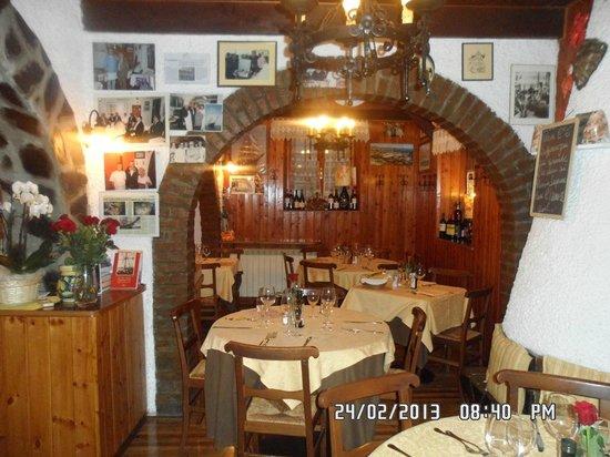 Osteria della Collina : l'interno del locale 1