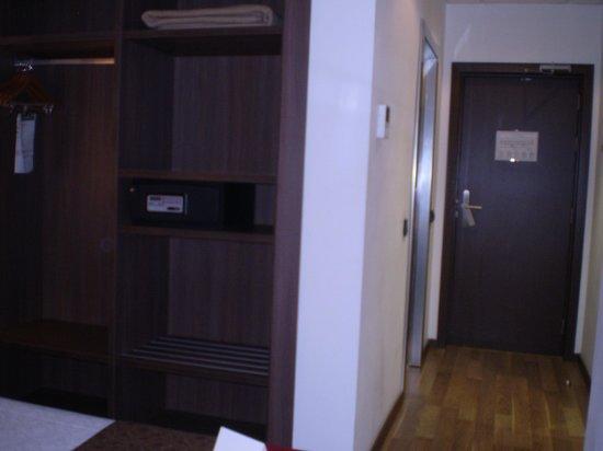 Hotel 4 Barcelona: la habitación 3