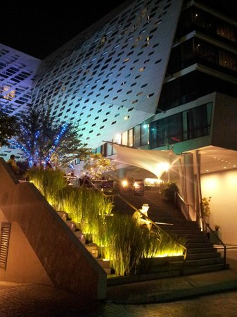 LiT BANGKOK Hotel:                   very cool hotel design