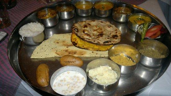 Laxmi Mishtan Bhojnalaya
