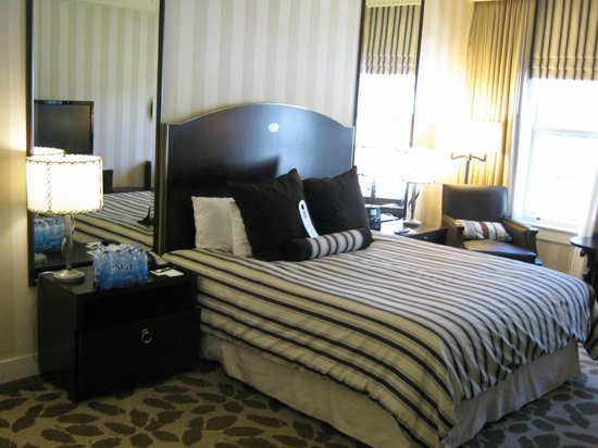 The Equinox Golf Resort & Spa: Room