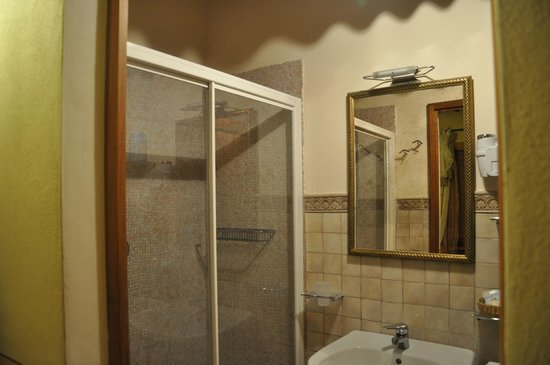 Locanda La Mandragola:                   Bagno Camera