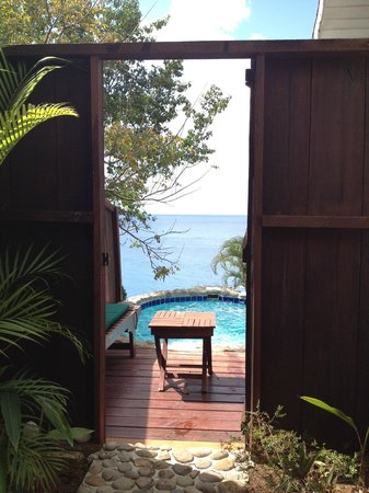 Ti Kaye Resort & Spa:                   View from our shower