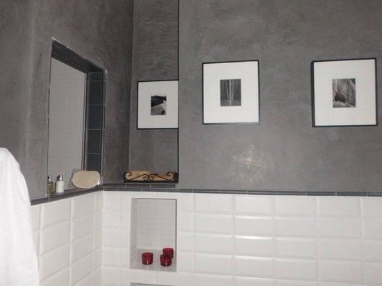 La Casa Noble:                   baño hab. Espralia