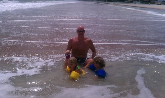 Sunrise Inn Daytona:                   Journey and Jaxon with daddy at the beach