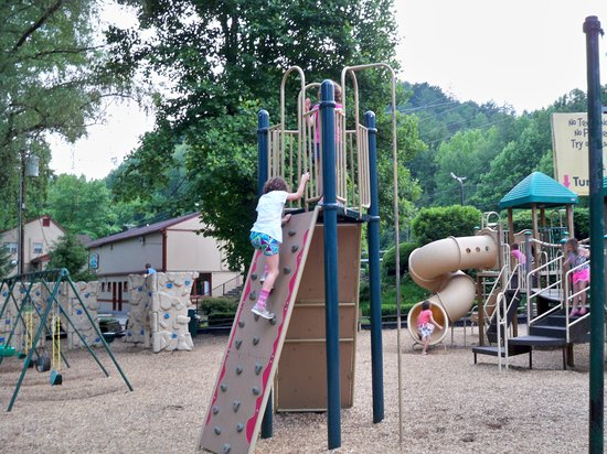 Townsend / Great Smokies KOA:                   Playground