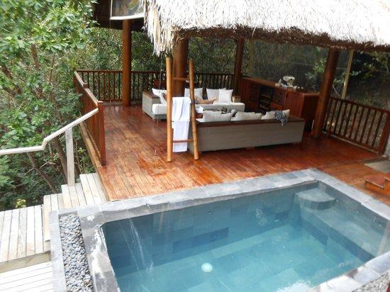 An Lam Ninh Van Bay Villas:                   lounge in villa 32