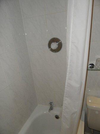 Alhambra Court:                   Bathroom