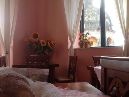 San Sebastiano Holidays:                   Sala Colazione