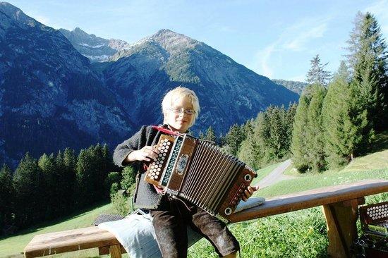 Naturparkhotel Ober-Lechtalerhof: Hausmusik u. Bergfrühstück