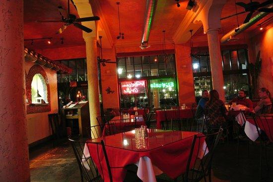 El Zocalo Mexican Grill:                   Inside diding hall