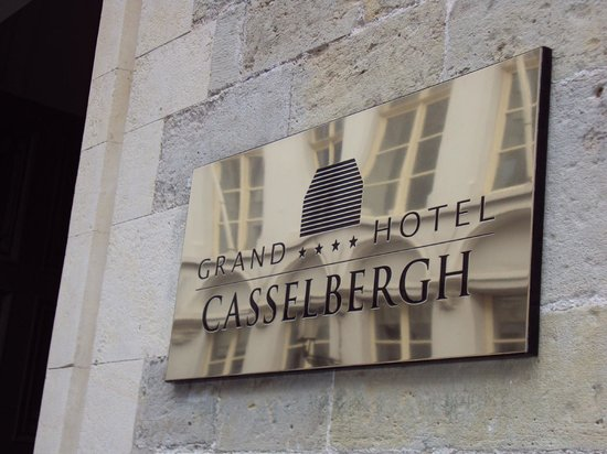 Grand Hotel Casselbergh Bruges:                   Sign