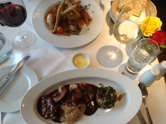 Di Paolo: Main courses, chicken breast and belly pork - both delicious