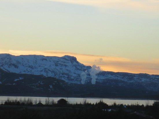 Eskimos Iceland:                   Beautiful views on the drive home.