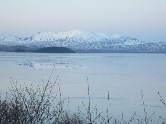 Eskimos Iceland:                   Beautiful views on the drive back to Reykjavik