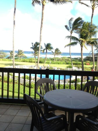 Castle Kaha Lani:                   view of the pool and the beach from our lanai
