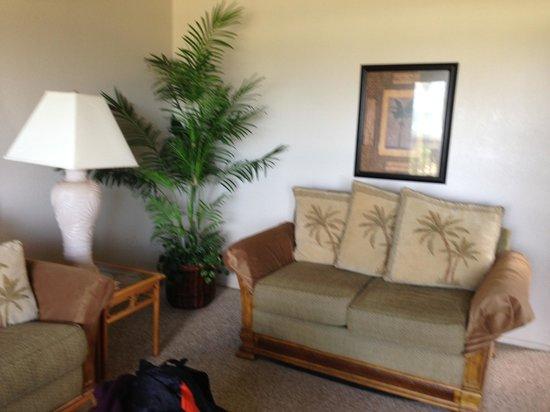 Castle Kaha Lani:                   living room